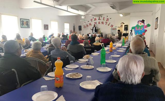 El Cabildo celebra una jornada lúdica en el Hospital de Dolores con motivo de la festividad de San Martín