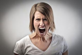 Gritar-Estrés