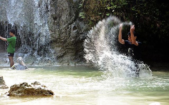 Bermain air dulu
