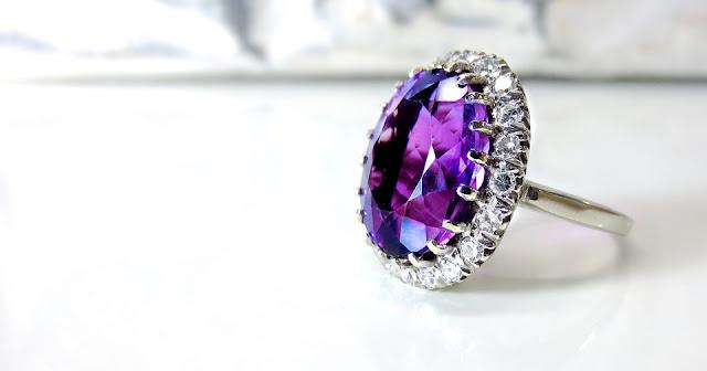 anello con brillantini