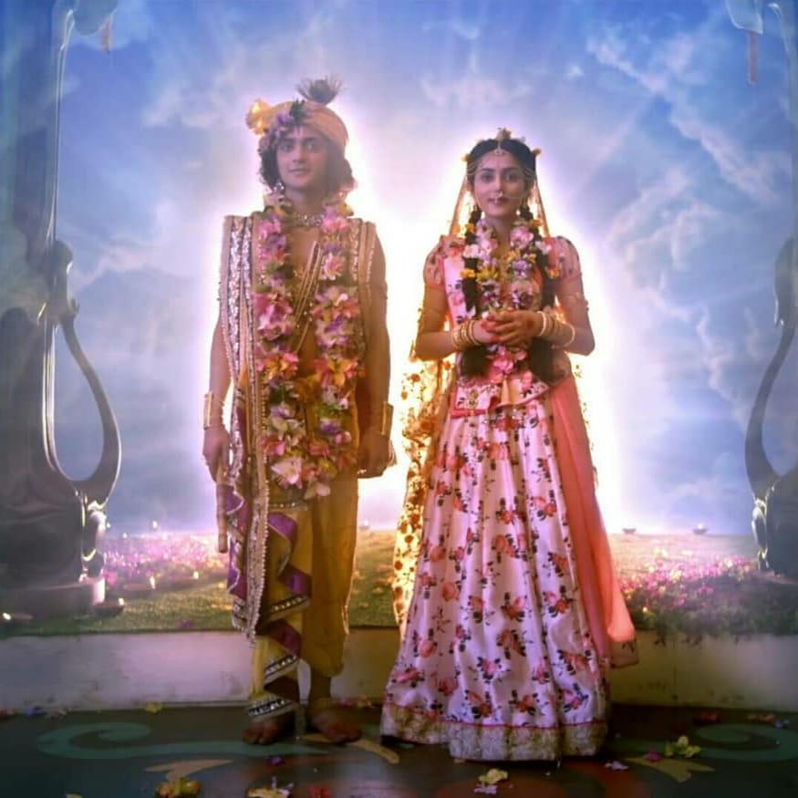 IND 彡Radha Krishna Quote彡 - अगर बुरे इंसान सिर्फ समझाने से