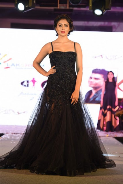 Shriya Saran Ramp walk at Lakshyam Fashion Show