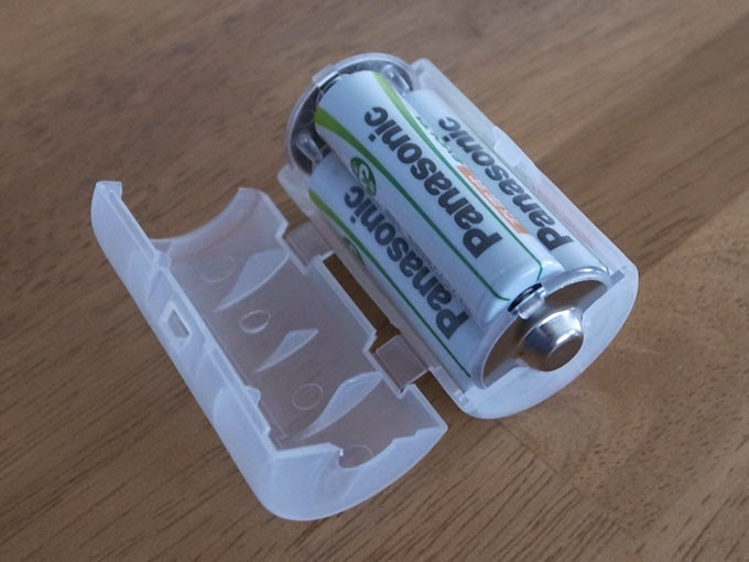 ADC-311単3が3個で単1電池アダプター