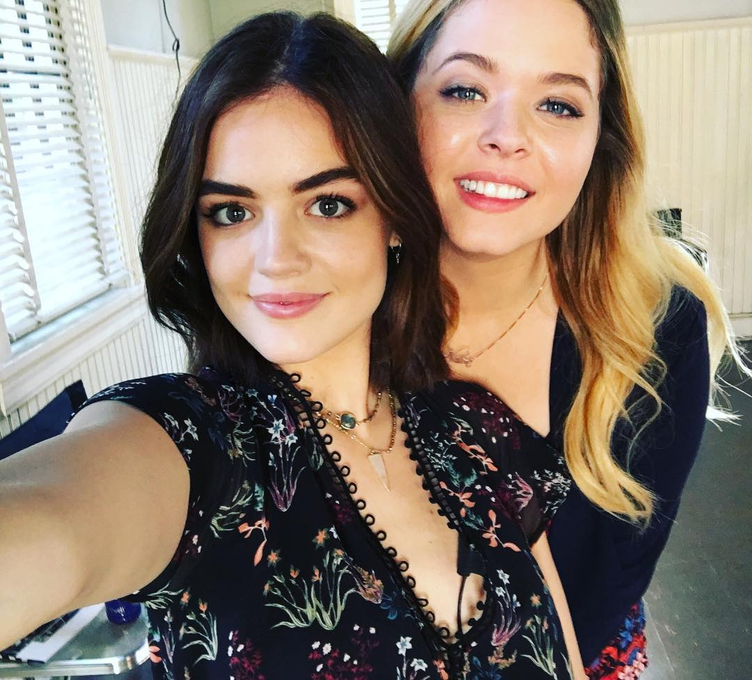 Selfie Lucy Hale naked (95 photo), Tits, Cleavage, Selfie, see through 2017