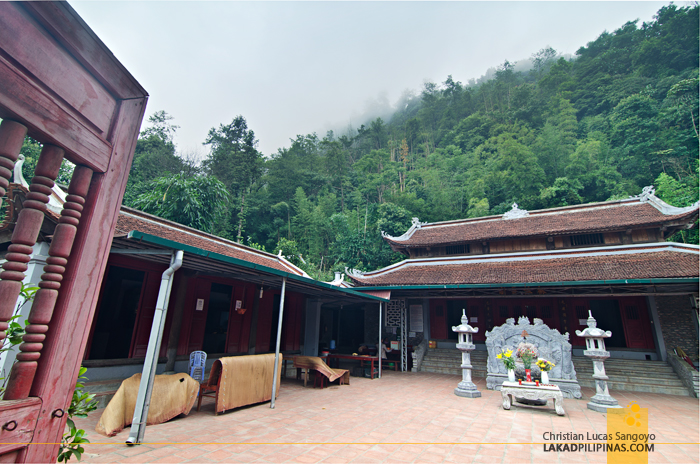 Mau Son Temple Sapa Vietnam