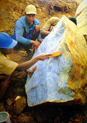 Burmese lavender jade boulder