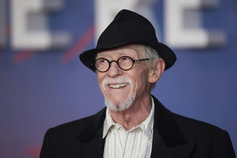 "British actor John Hurt, who played Mr Ollivander in ""Harry Potter and the Philosopher's Stone"" and starred in ""Midnight Express,"" has died aged 77"