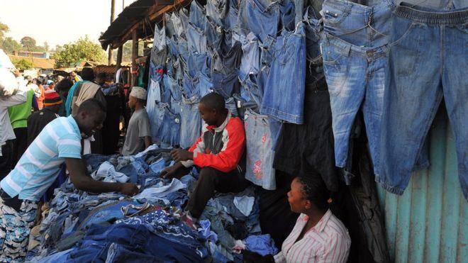 Kenya fire: Several dead in Nairobi market