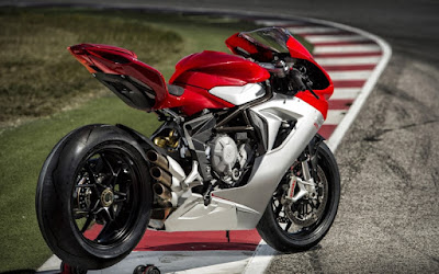 MV Agusta F3 800 Back view image