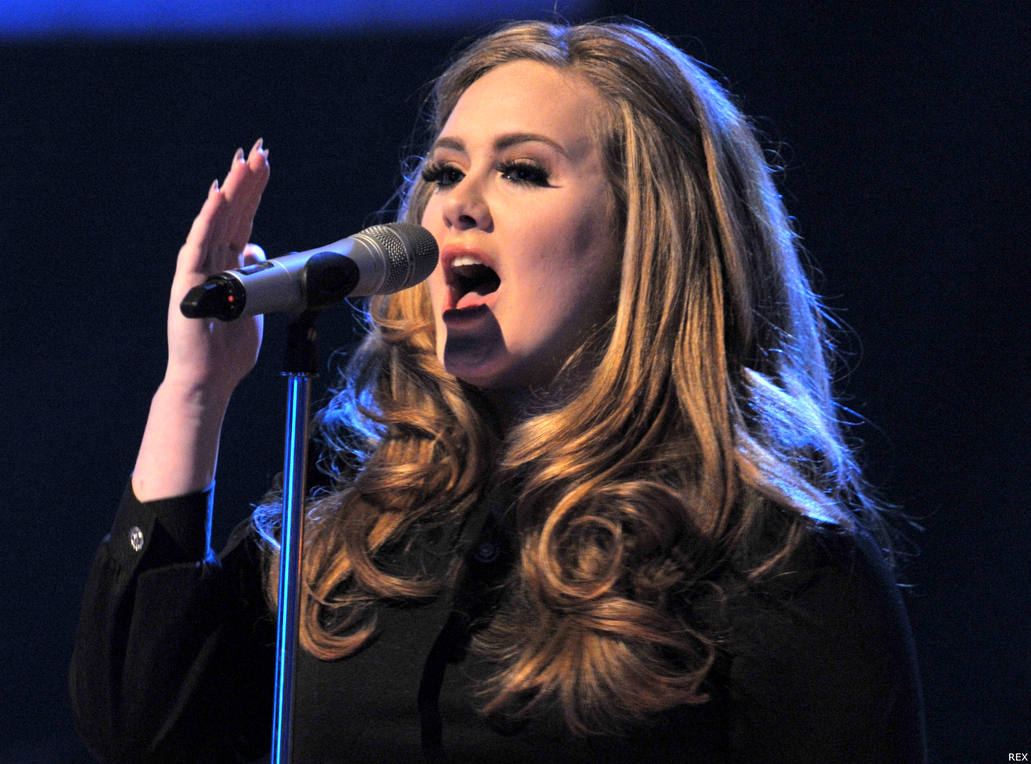 Adele turning tables live acoustic video ufficiale - Traduction turning tables adele ...