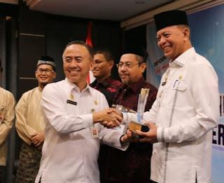 Pemkot Tanjungpinang Sabet Penghargaan Anugerah Keterbukaan Informasi Publik Dari KIP