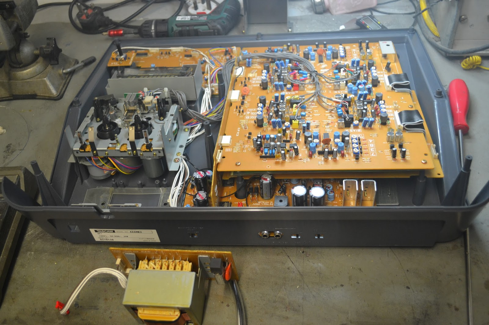 Doz Blog Tascam Portastudio 488 Mkii Power Transformer Replacement Usa Wiring Diagram Well On Inspection The Mains Was Open Circuit Across Primary