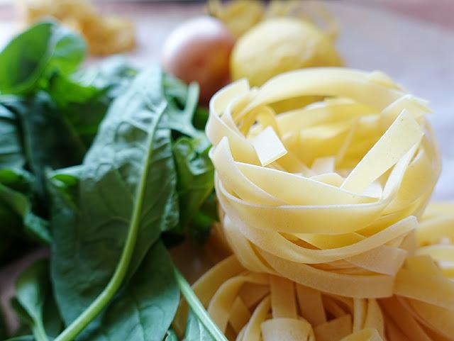 #inunter20 Min zubereitet: One Pot Zitronen-Pasta mit Spinat | Pasta al Limone | #vegan #vegetarisch #milchfrei #alleliebenpasta | judetta.de