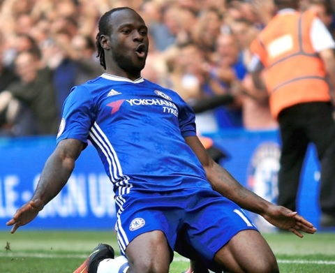 Just In: Red Hot Victor Moses Wins PFA Fans' Premier League Player of the Month