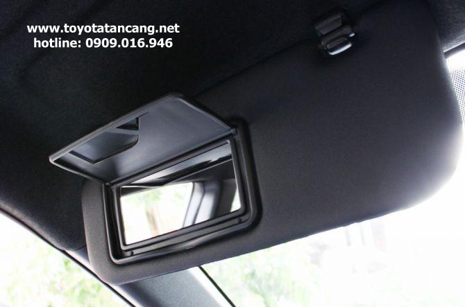 Gương trang điểm của Toyota Yaris