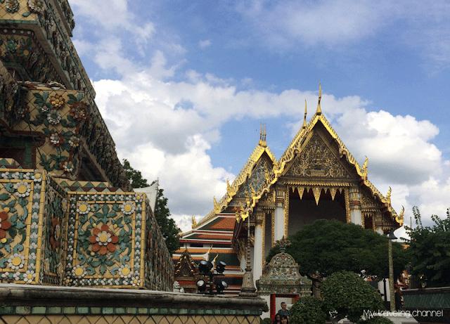Visiter les temples à Bangkok - Le Wat Pho - Le Bouddha couché