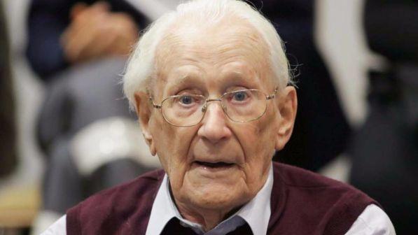 Buongiornolink - Germania, a 96 anni va in carcere il contabile di Auschwitz