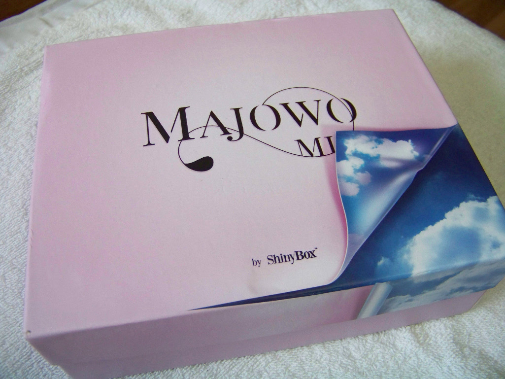 MAJOWO MI by ShinyBox
