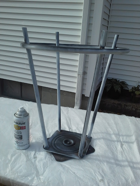 spray paint metal bar stool