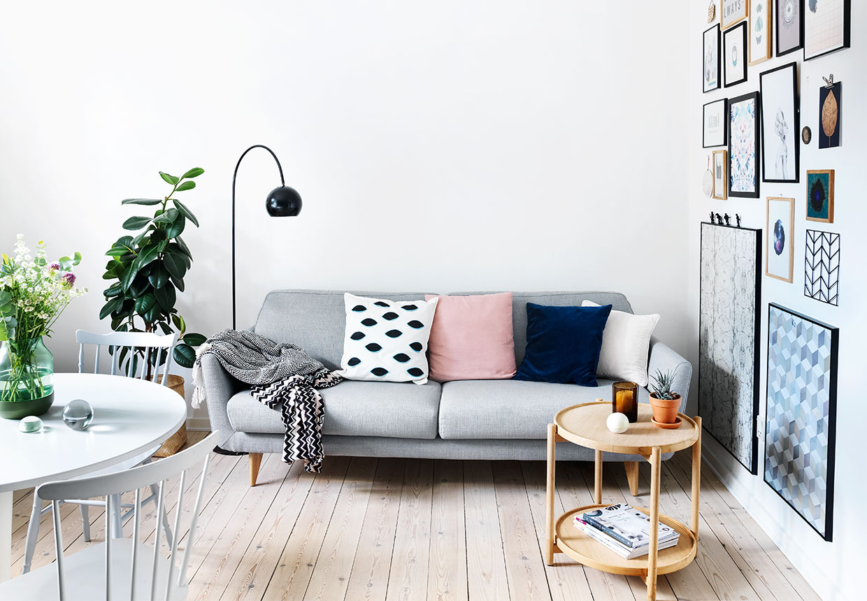 gallery wall, scandinavian apartment, sofa, design pillows, scandinavian interior