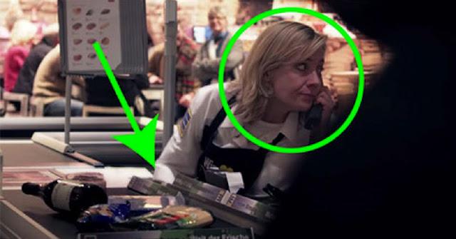 Cette caissière fait quelque chose de très particulier dans ce supermarché et le caméra a tout filmé!
