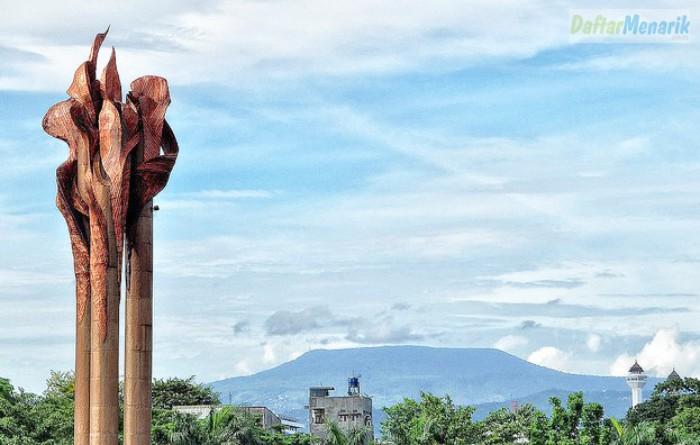 Tempat Wisata di Bandung Pusat  Monumen Bandung Lautan Api
