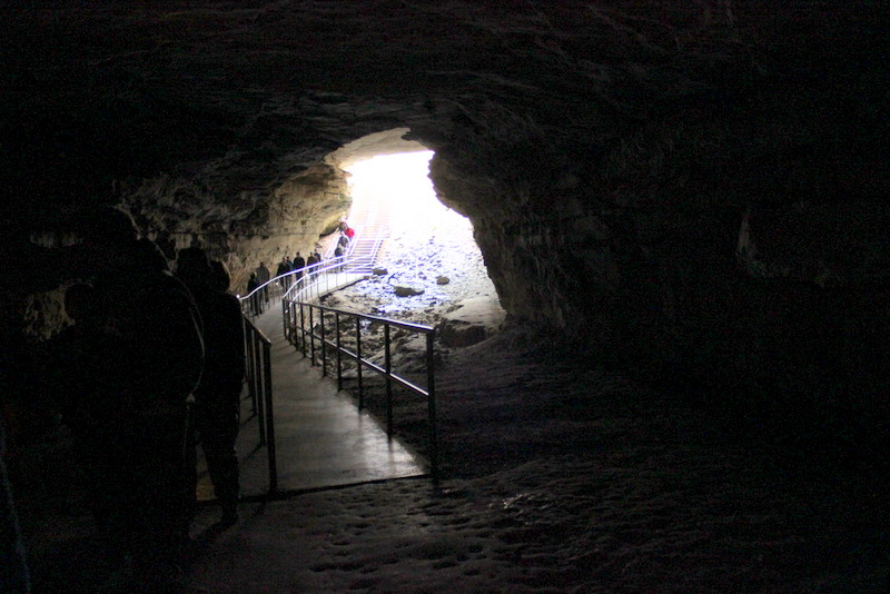Come Along With Chong Gothic Avenue Tour Mammoth Cave
