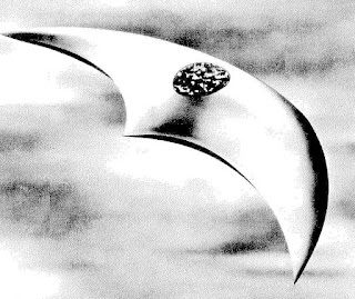 Modelo de uno de los platillos volantes que vio Kenneth Arnold