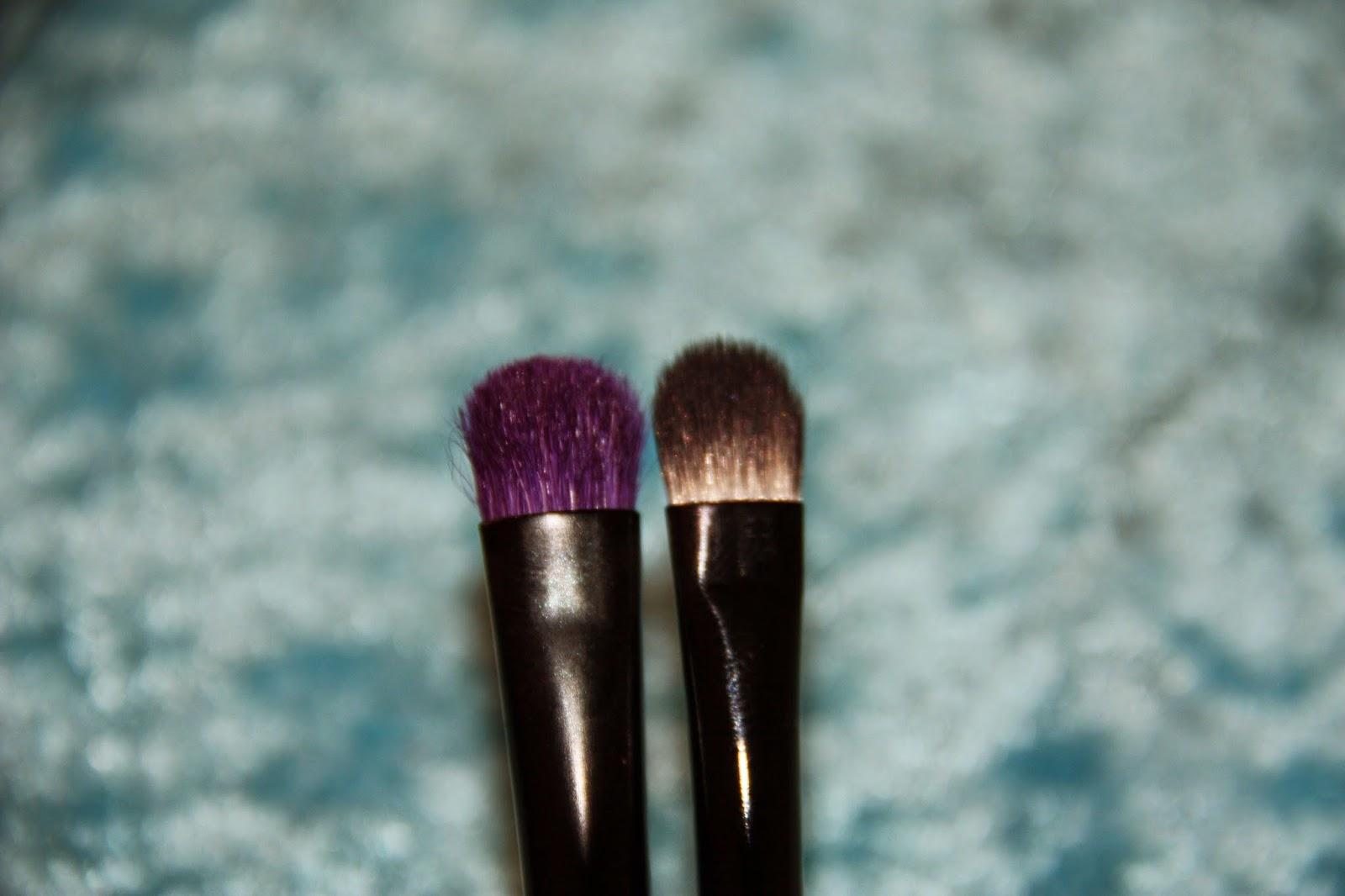 2778c8b2ea pennello ombretto Essence - Azure shadow