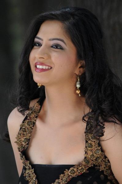 Actress nisha shah latest new hot photos