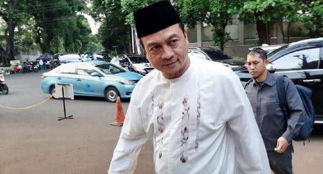 Tiga Kali Mangkir, Polisi akan Jemput Paksa Bachtiar Nasir Setibanya di Indonesia