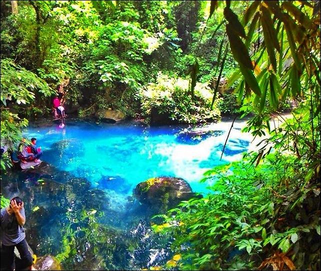 Sirah Cilembang, Danau Biru di Desa Hariang