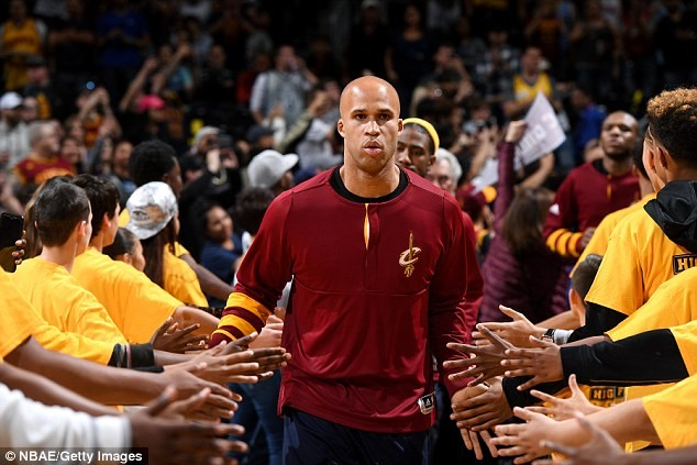 NBA star Richard Jefferson's father killed in a drive-by shooting in Compton