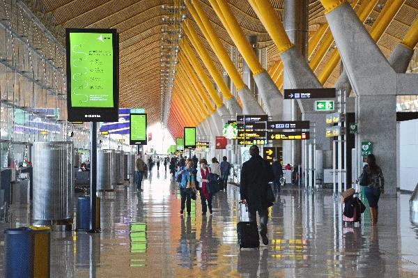 Los aeropuertos españoles de la red de Aena cierran 2019 con más de 275,2 millones de pasajeros