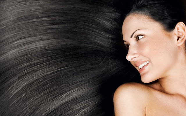 Cara Membuat Rambut Hitam Berkilau