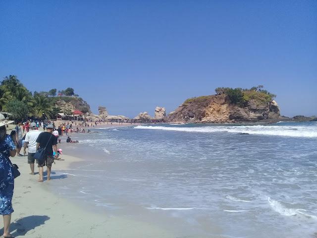Pantai Klayar, Pacitan, Jawa Timur, Tempat Wisata