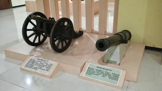 MUSEUM RANGGAWARSITA, MUSEUM TERLENGKAP DI SEMARANG