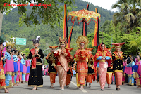 Nilai - Nilai Pancasila Dalam Kehidupan Sosial Budaya Bangsa Indonesia