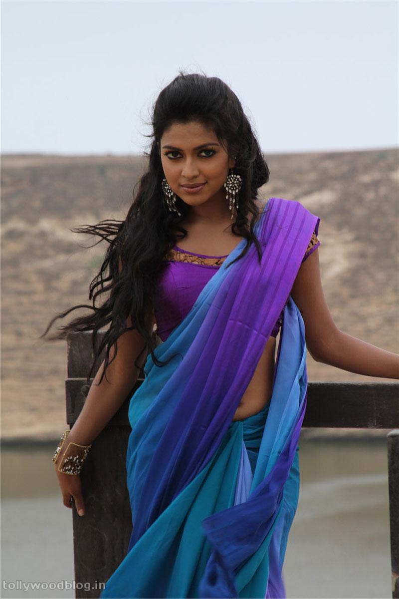 Nayanatara Cute Wallpapers Amala Paul Hot Photos From Bejawada Telugu Movie