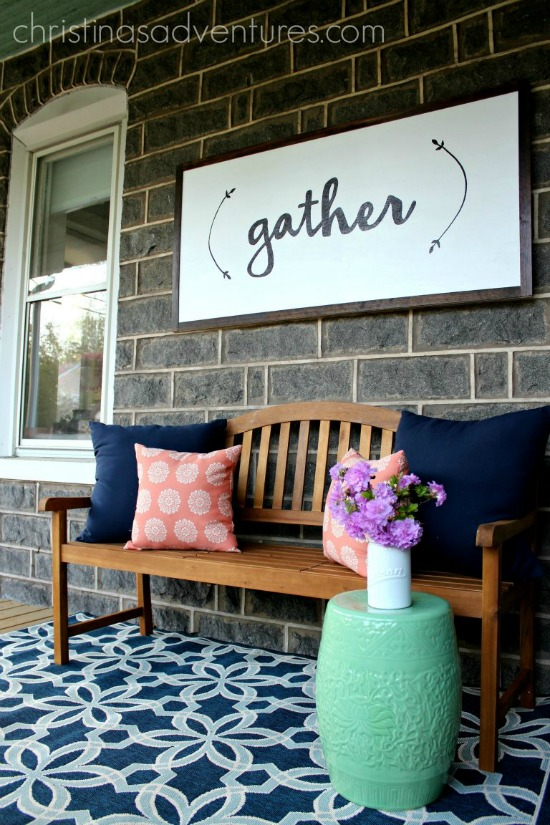11 Gorgeous DIY farmhouse signs that are perfect for personalizing your walls without spending a lot of money.- www.Littlehouseoffour.com