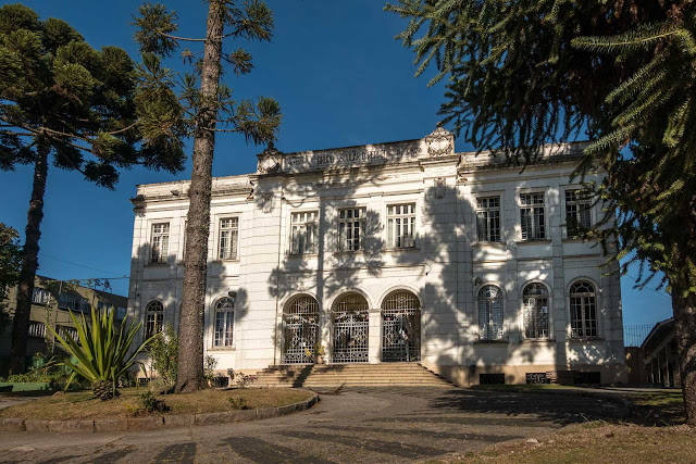 O antigo Grupo Escolar D. Pedro II