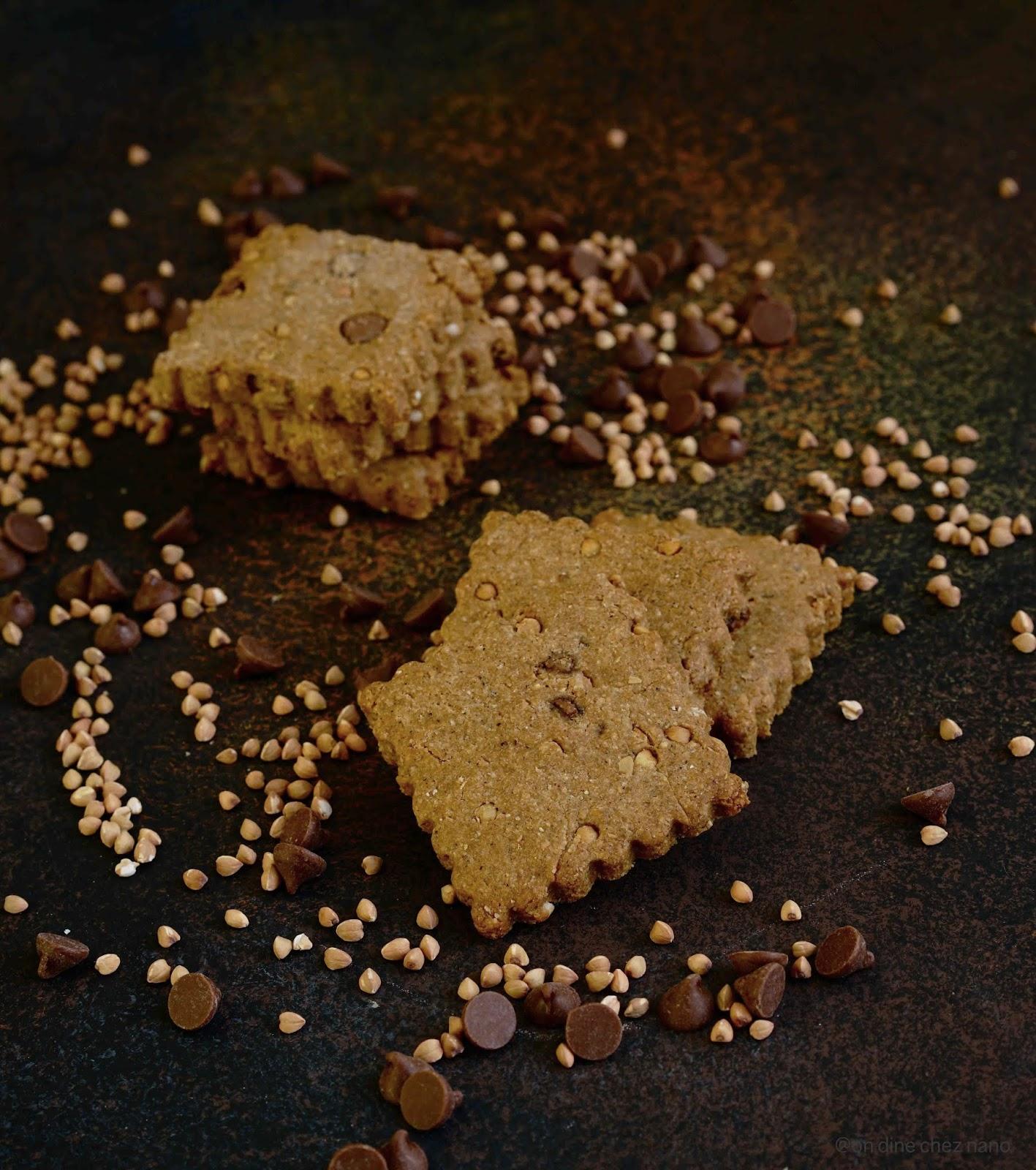 kasha grillé , farine de chataigne , farine d'épeautre , pepites de chocolat