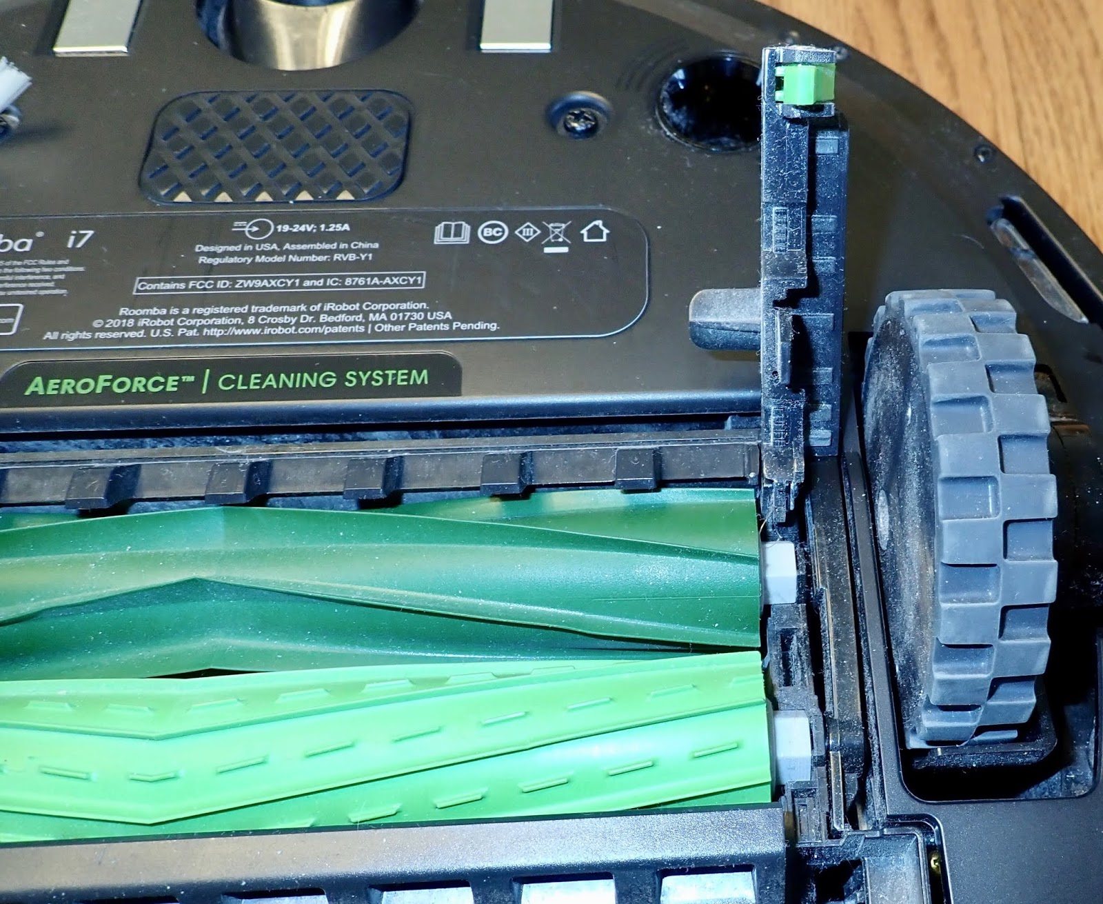 Syonyk's Project Blog: Roomba i7 Teardown: Why is there a