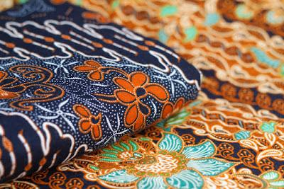 Tips Memilih Baju Batik