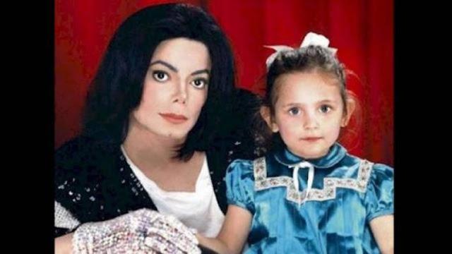 شاهد ابنة مايكل جاكسون التي أشعلت صورها  'انستغرام' بسبب جمالها ..شاهدوا كيف أصبحت بعدما كبرت !