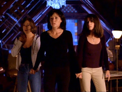 Charmed Series Alyssa Milano Holly Marie Combs Shannen Doherty Image 1