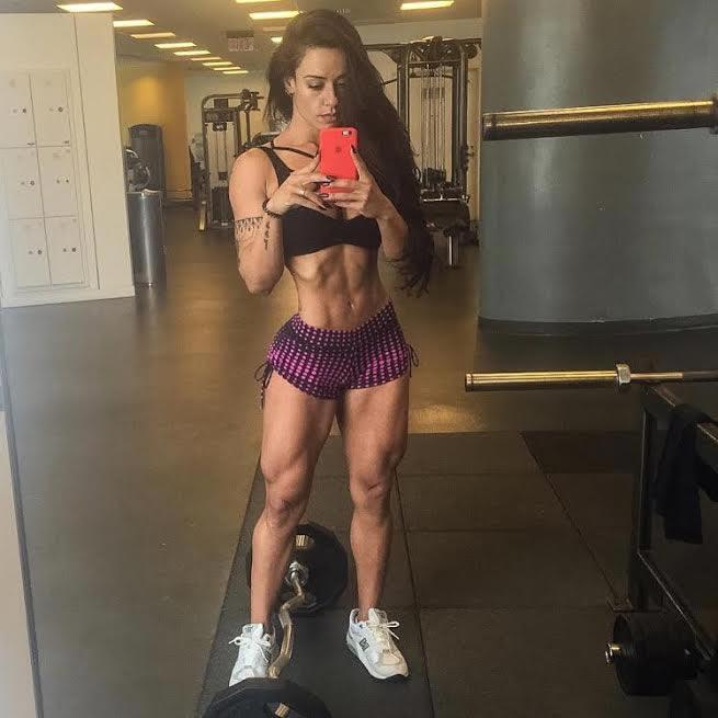 """Sue Lasmar dá dica de dieta para quem quer """"secar"""" o corpo"""