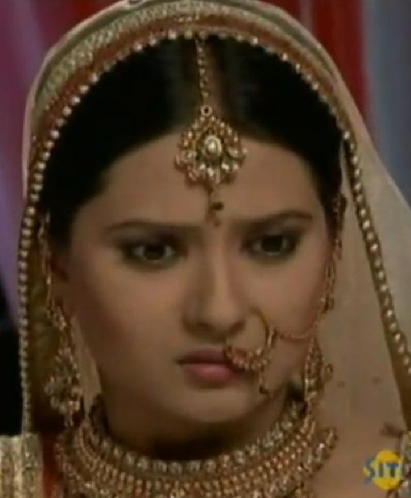 bollywood portal..: Kratika punar vivah serial fem actress ...