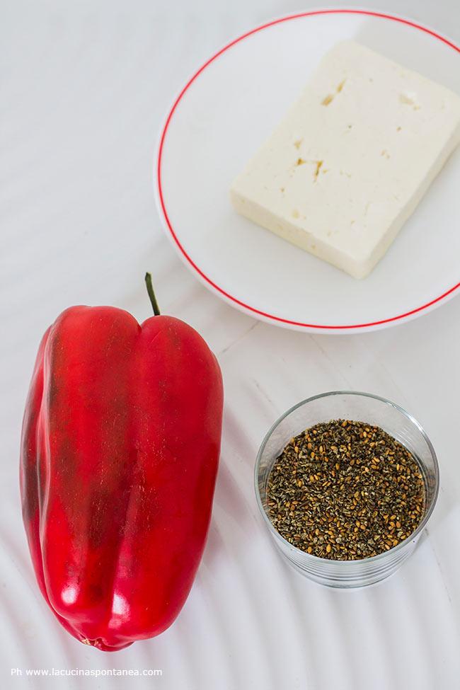 Immagine contenente: un peperone, la feta, lo za'atar