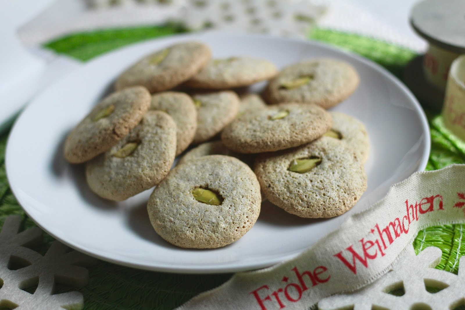 Pistachio Meringue Christmas Cookies Diary Of A Mad Hausfrau
